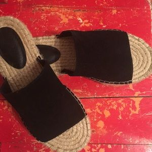 Urban Ourfitters, Black, Suede & Rope Sandals